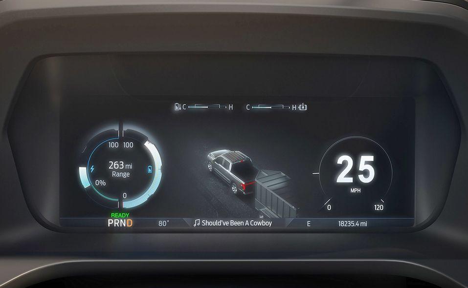 2022 Ford F-150 Lightning digital screen