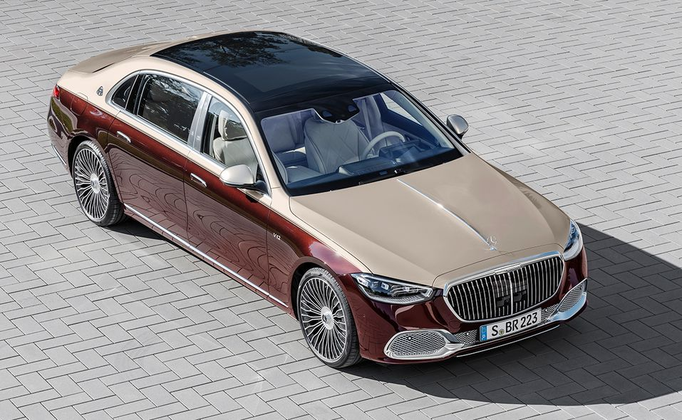 2022 Mercedes-Maybach S 680 from above