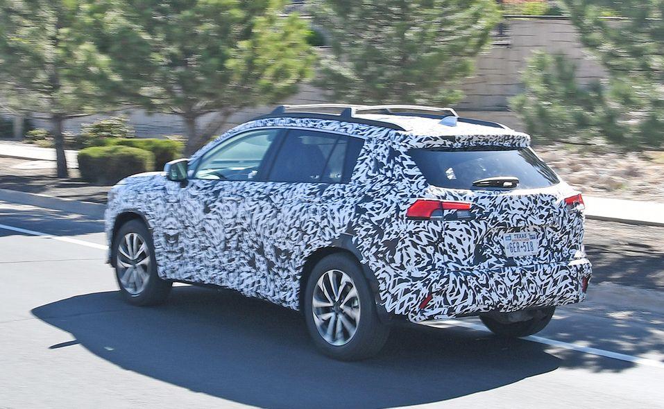 2022 Toyota Corolla Cross spy photo rear