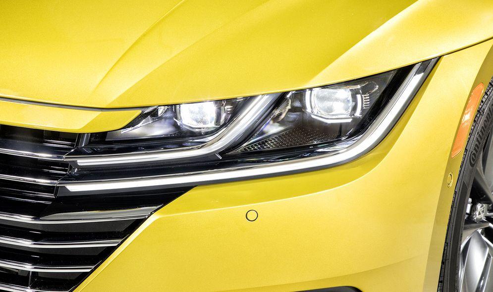 Volkswagen Arteon's U S  intro delayed until 2019 over