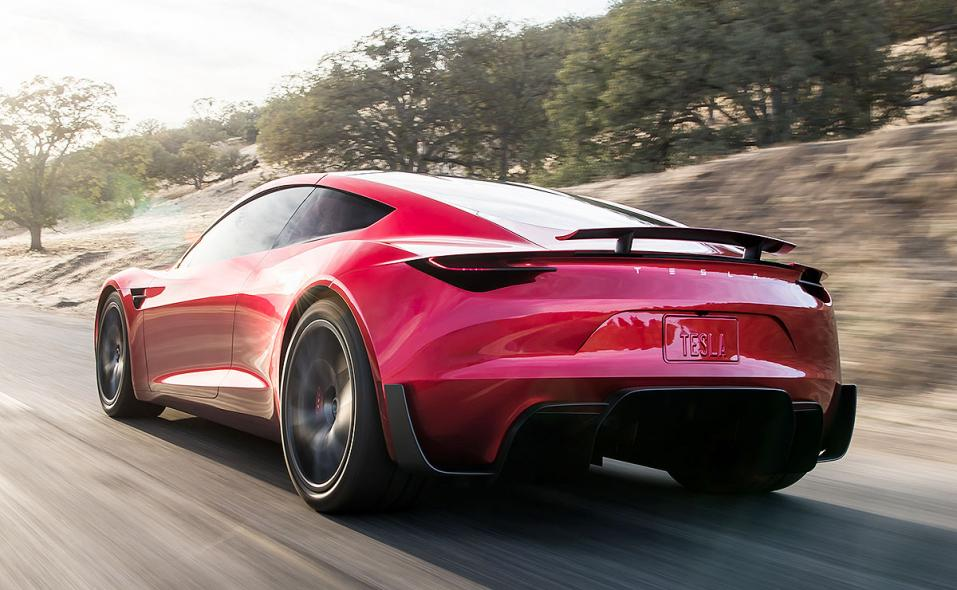 Tesla revives Roadster with a range of 620 miles