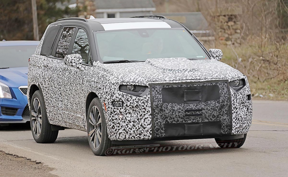 Cadillac XT6 crossover slated to debut at Detroit auto show