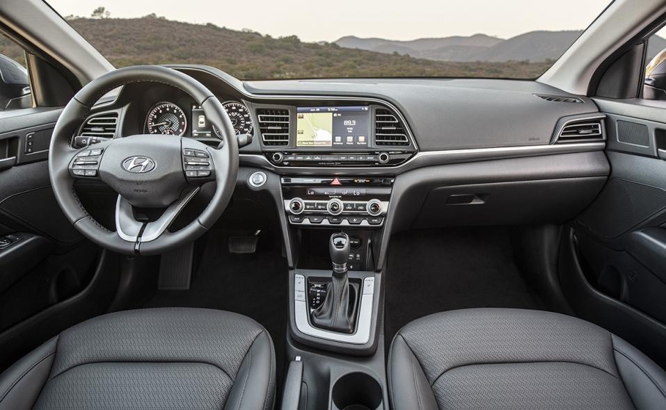 Hyundai freshens Elantra for 2019