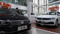 VW FAW dealer Rtrs web.jpg