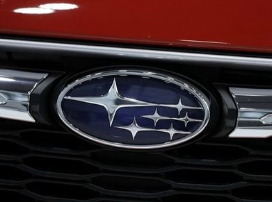 Subaru badge web.jpg