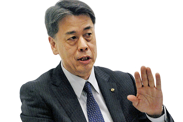Nissan dealers give CEO an earful