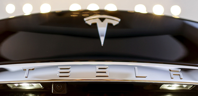 Tesla plans to start producing vehicles at a new factory near Shanghai, the automaker'sfirst outside of the U.S., by the end of 2019.