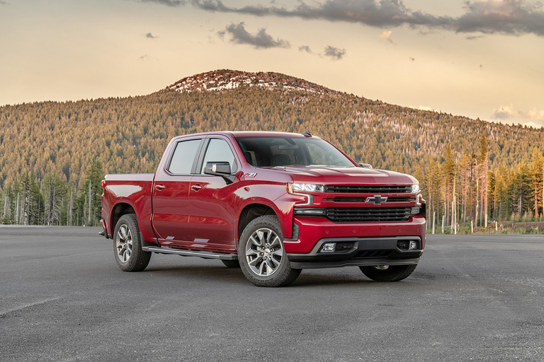 GM diesel pickup shipments start after certification delay