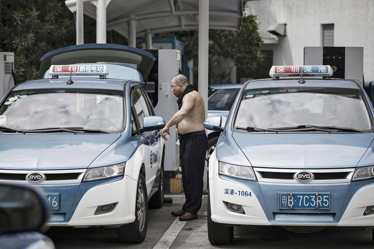 China to reduce subsidies on new-energy vehicles by 10%