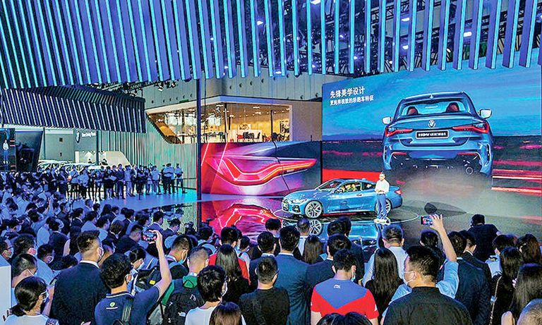 China show fights COVID and competition