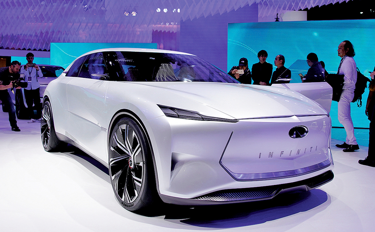 Infiniti Q Inspiration production car likely to get electrification rolling
