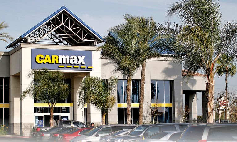 CarMax targets crown in online used-car buying