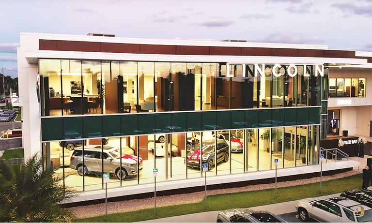 Separate showrooms boost Lincoln sales in down year