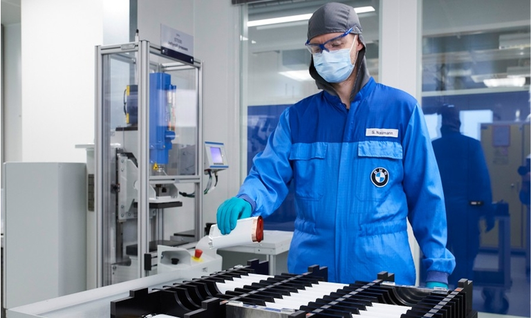 BMW boosts battery cell order from CATL