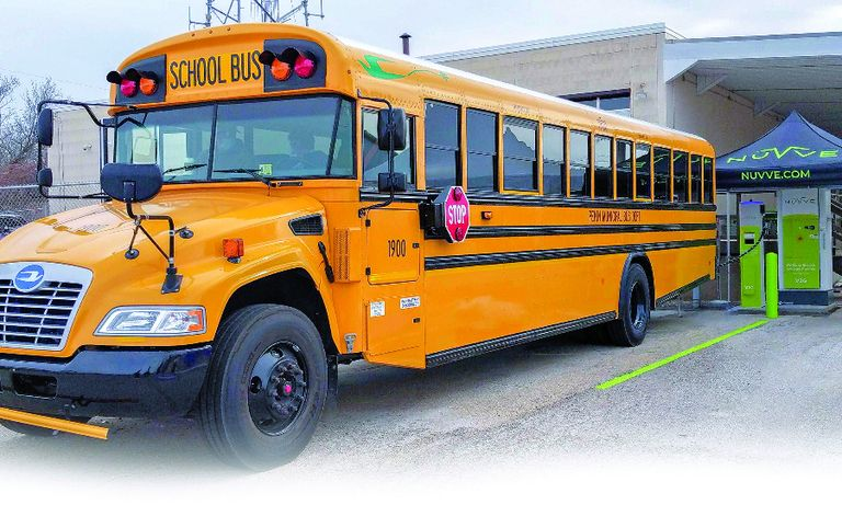 Illinois' Pekin School District received an electric vehicle-to-grid bus from Blue Bird in a partnership with Nuvve and another district.