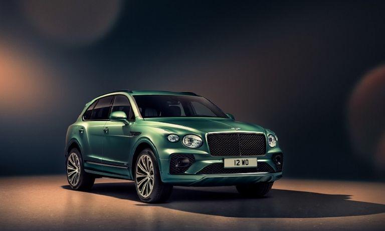 Bentley Bentayga 2020 front web.jpg