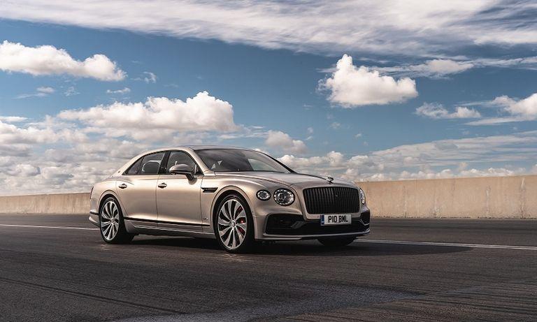 Bentley Flying Spur in silver