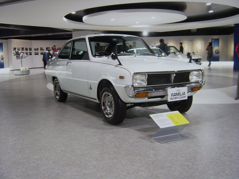 Mazda comes ashore in U.S. with R100 in 1970