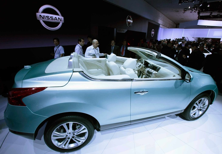 Nissan drops top on Murano in 2010