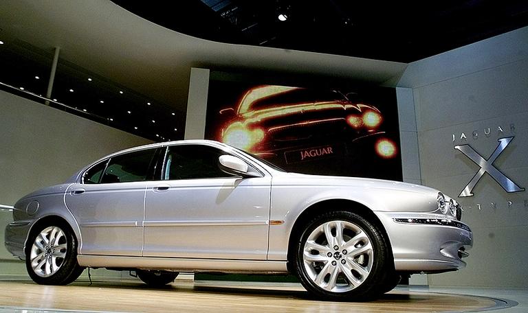 Jaguar unwraps X-Type in Geneva
