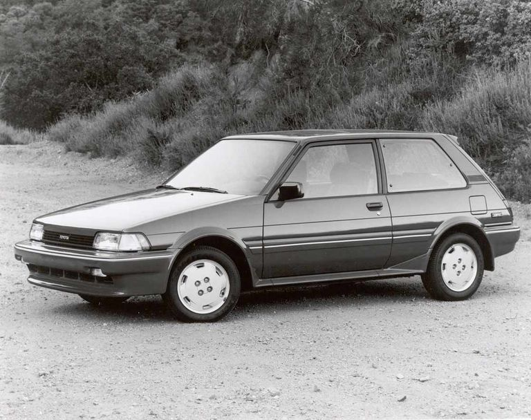 Toyota starts U.S. output, with Corolla hatchback, in 1986