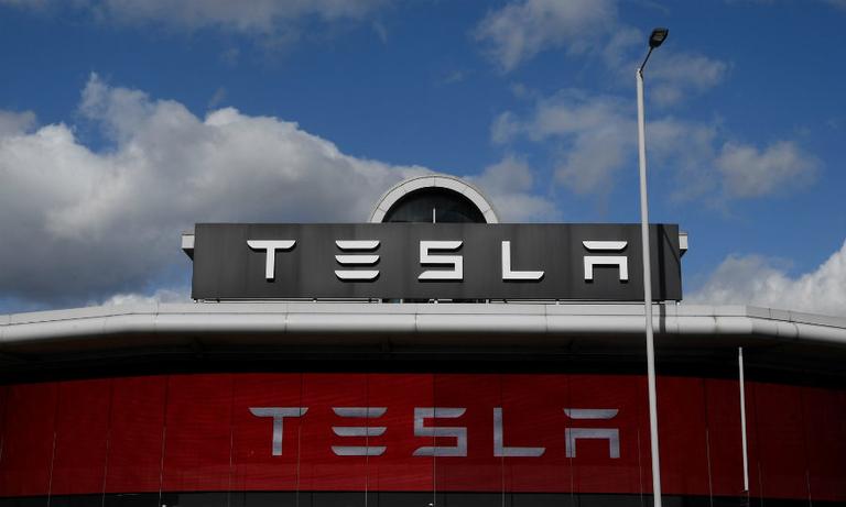 Tesla rtrs web 7_0.jpg