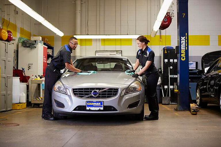 CarMax wants to hire 1,800 for vehicle prep work