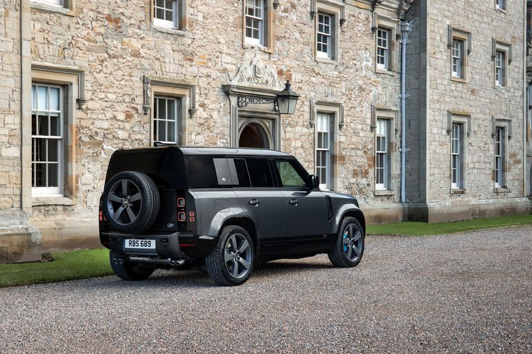Land Rover Defender gets optional supercharged V-8 built for speed