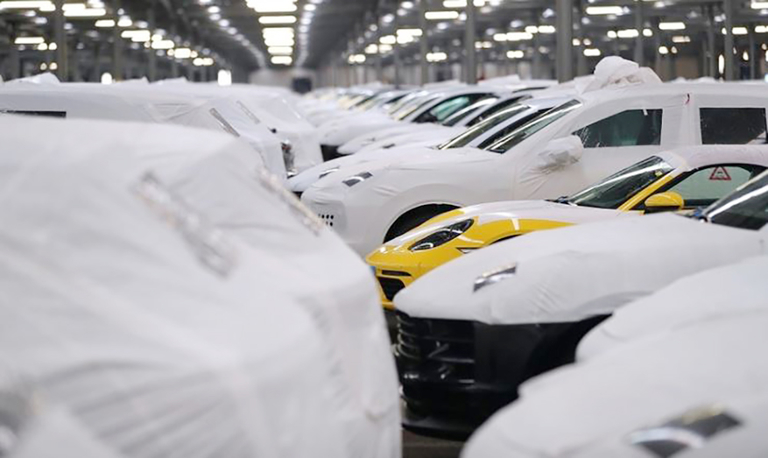 Auto tariff decision on hold for possible U.S.-EU trade deal, Trump adviser says