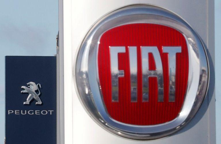 PSA FCA logos rtrs web.jpg