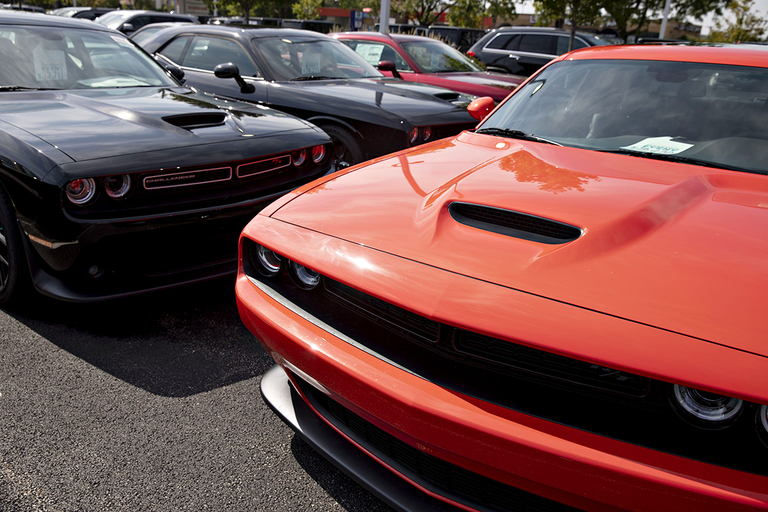 FCA revives 2008 discounts to clear fat inventories, report says