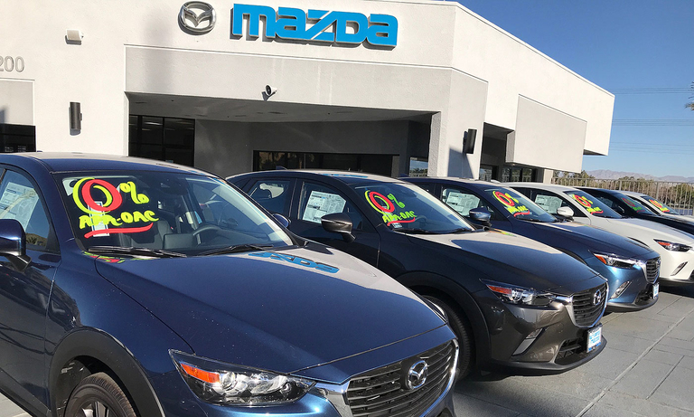 Chase Auto CEO says lender faces headwind from lost Mazda business