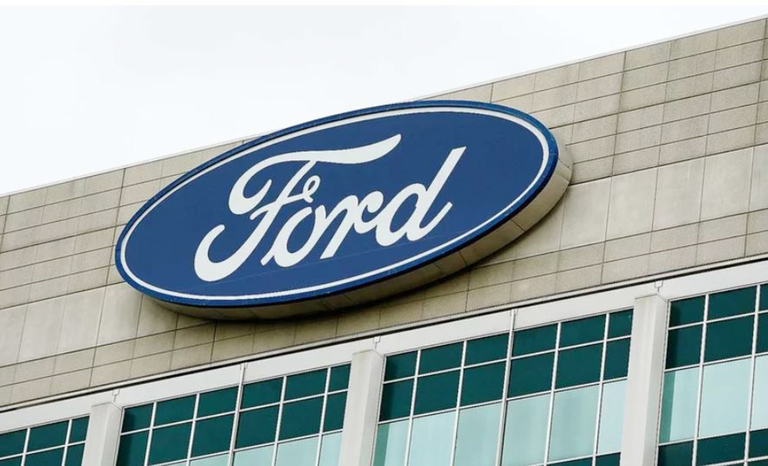 Two Ford workers die of coronavirus in Detroit area