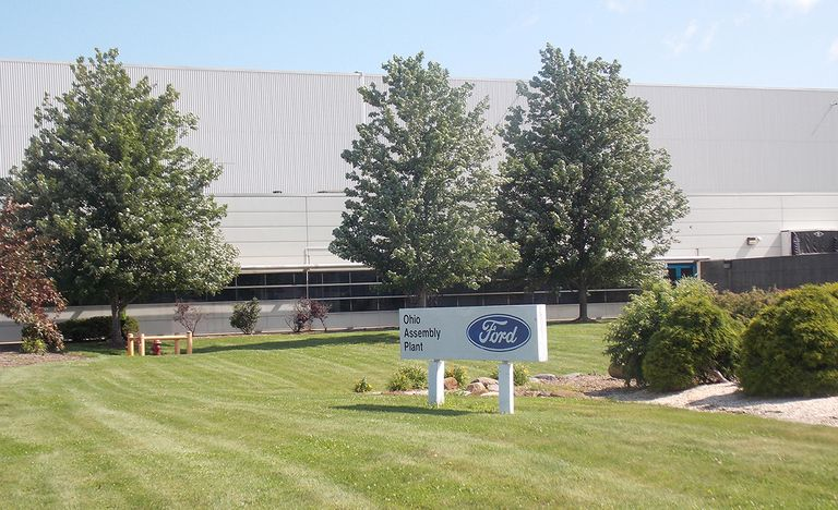 UAW threatens action against Ford for choice of Mexico over Ohio