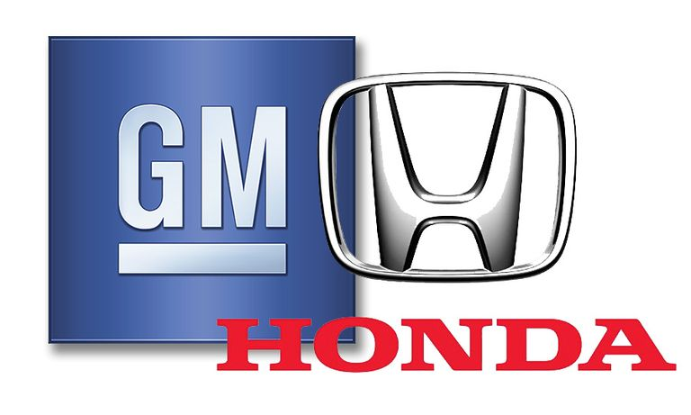 Logos of GM and Honda
