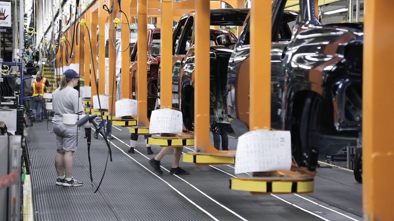 GM, Ford using usual summer break to make up lost U.S. production