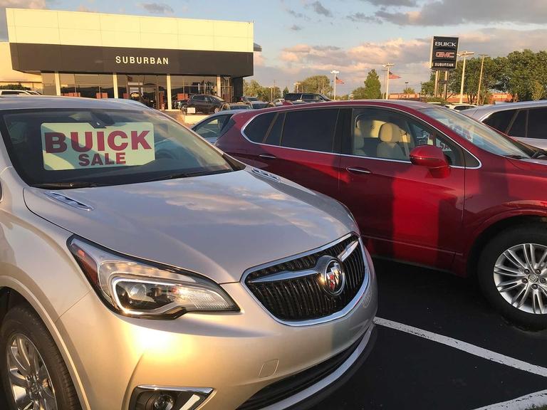 GM: Estimates point to 1.2% drop