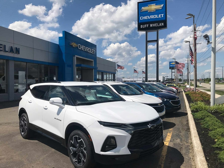 GM: Chevy weighs on other brands' gains