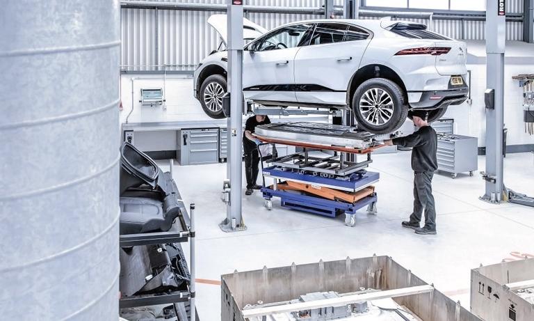 EV architecture divides automakers
