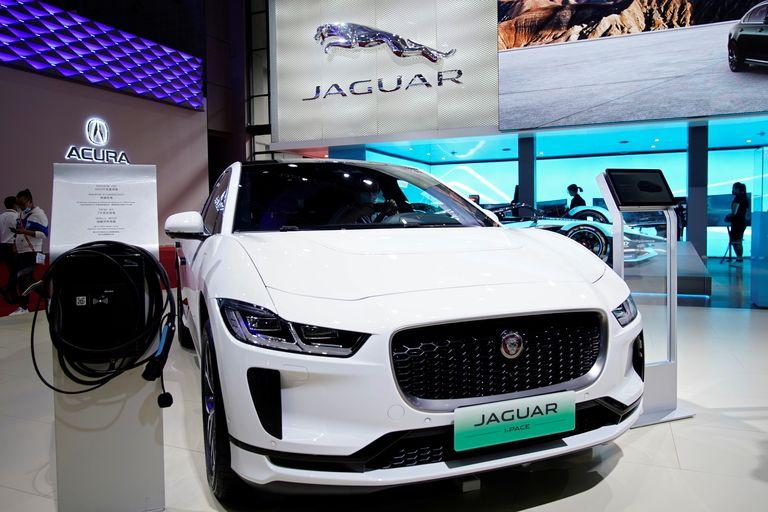 Jaguar at Shanghai show.jpg