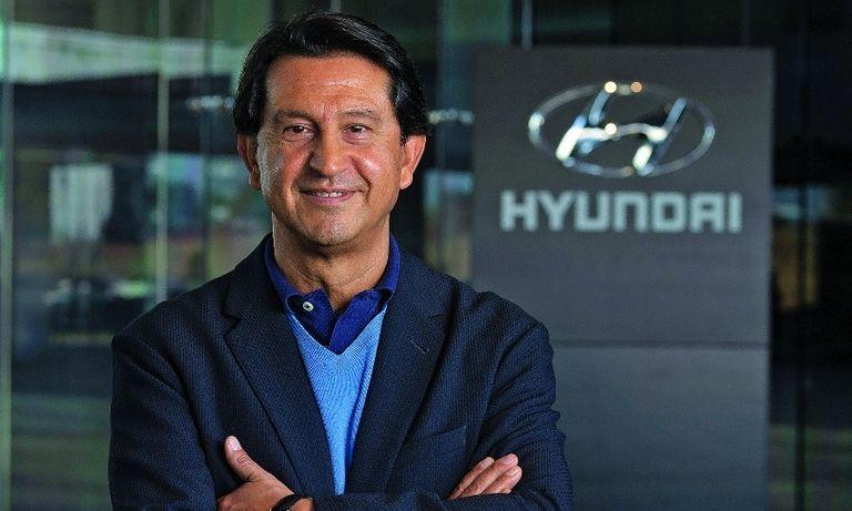 HYUNDAI'S JOSE MUÑOZ: Hybrids will help with transition to electric