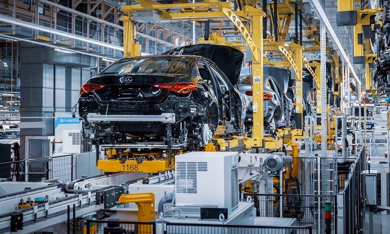 Mercedes C-Class production Bremen.jpg