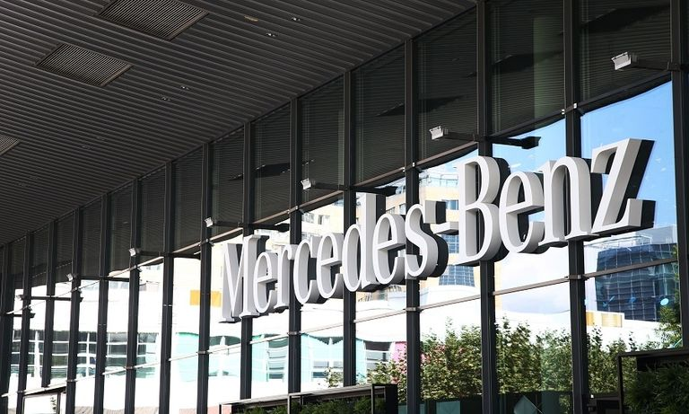 Mercedes badge web_0.jpg