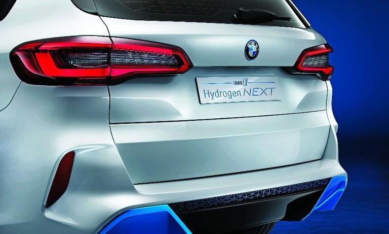 BMW i Hydrogen Next: Cumulative system output is 368 hp.