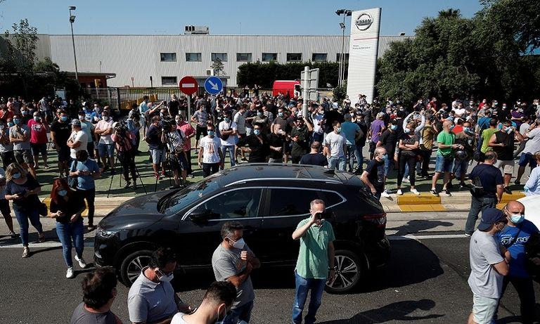 Nissan Barcelona protest rtrs web.jpg