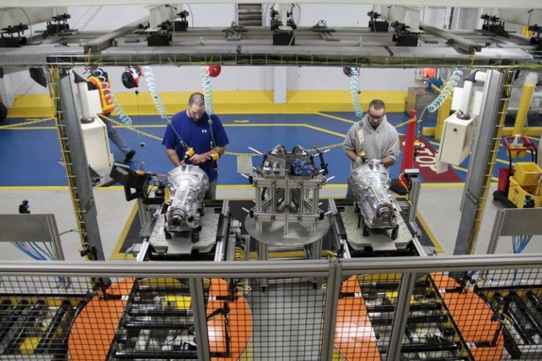 FCA extends shutdowns for 2 transmission plants