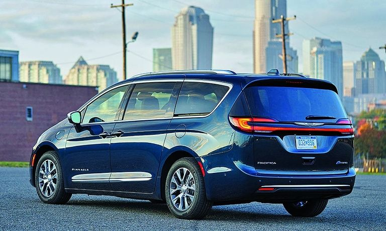 Pacifica Hybrid: A foundation in electrification