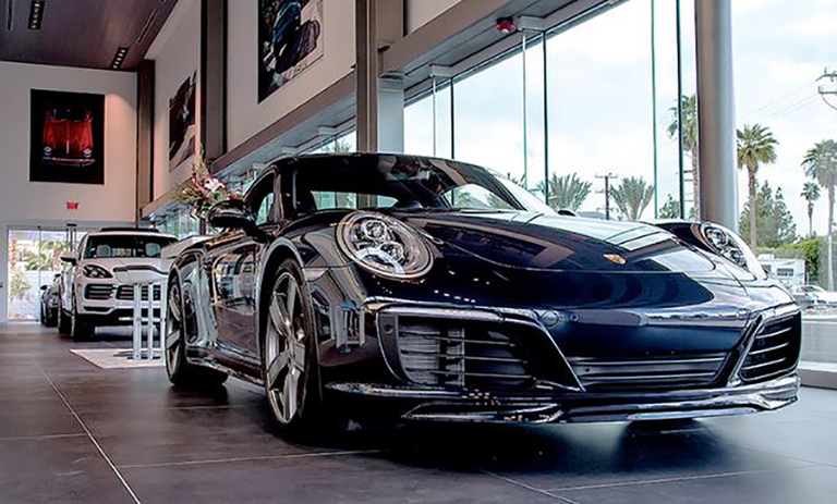 Porsche offers U.S. dealers relief package