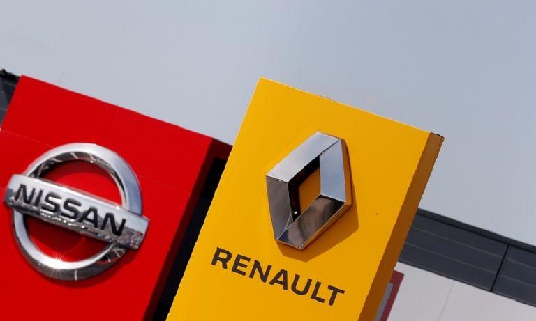 Renault Nissan logos web.jpg