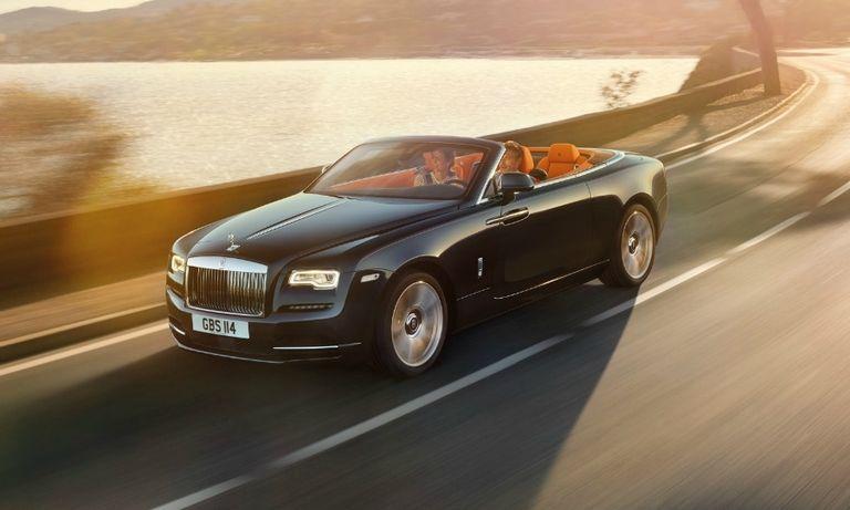 Rolls-Royce Dawn con web.jpg